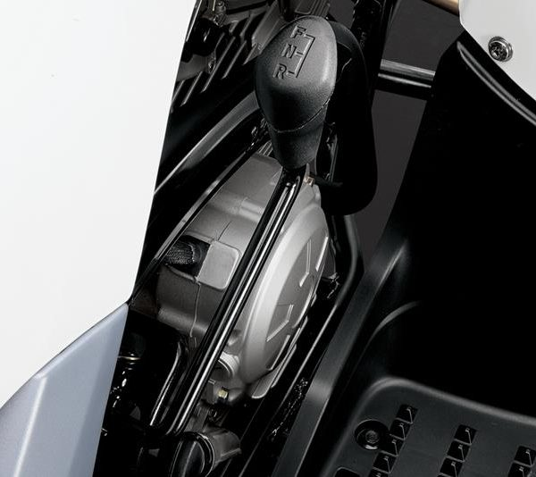 2017-Yamaha-YFM90-EU-Racing-Blue-Detail-003